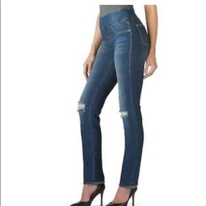 NWT Rock & Republic Jeans Slimming Pull On Fever